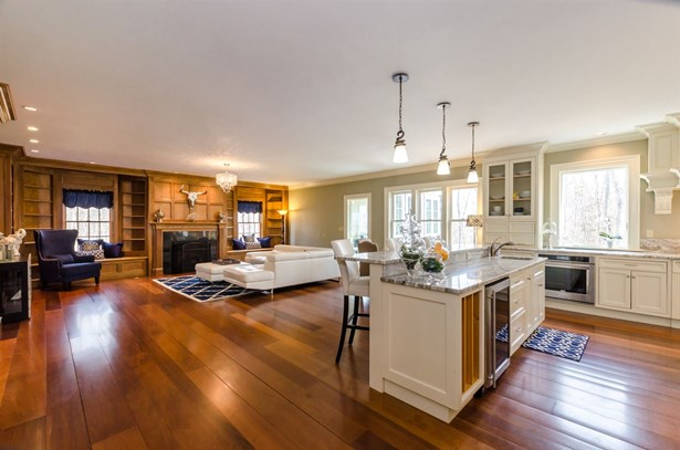 Colonial,Craftsman, Single Family - Epping, NH (photo 4)