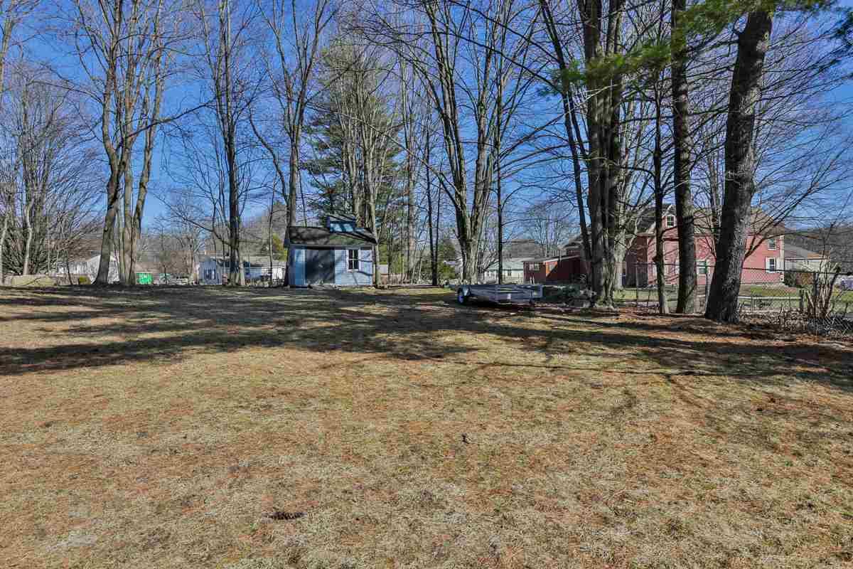 New Englander, Single Family - Milford, NH (photo 4)