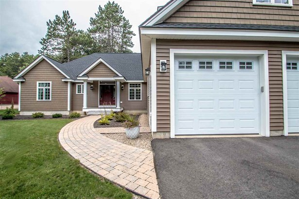 Colonial,Contemporary, Single Family - Conway, NH (photo 4)