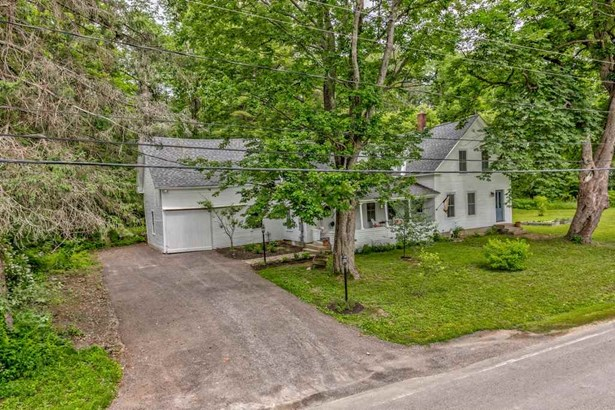 Antique,Colonial, Single Family - Harrisville, NH (photo 3)