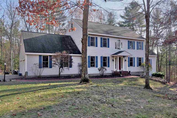 Colonial, Single Family - Amherst, NH (photo 1)