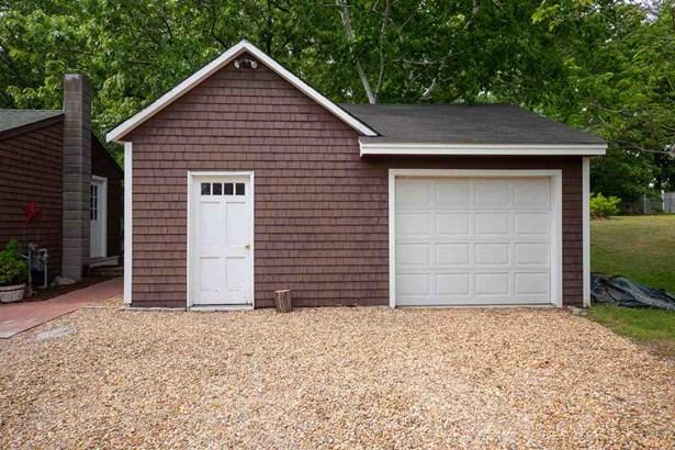 Farmhouse, Single Family - Seabrook, NH (photo 2)