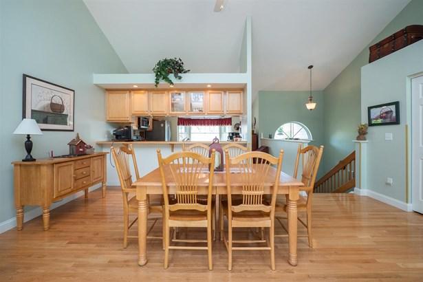 Duplex,Raised Ranch,Walkout Lower Level, Condo - East Kingston, NH (photo 3)