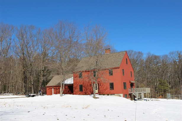 Colonial, Single Family - Francestown, NH