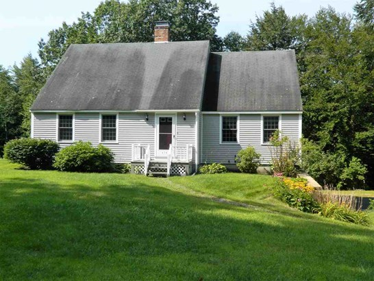 Cape, Single Family - Sanbornton, NH (photo 2)
