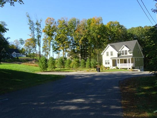 Ranch, Single Family - Rollinsford, NH (photo 4)