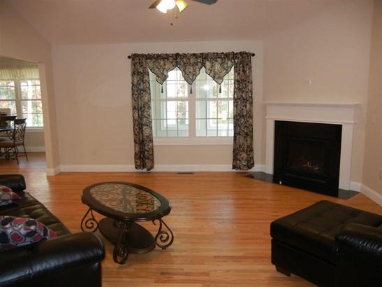 Condo, Duplex,End Unit,Ranch - Amherst, NH (photo 3)