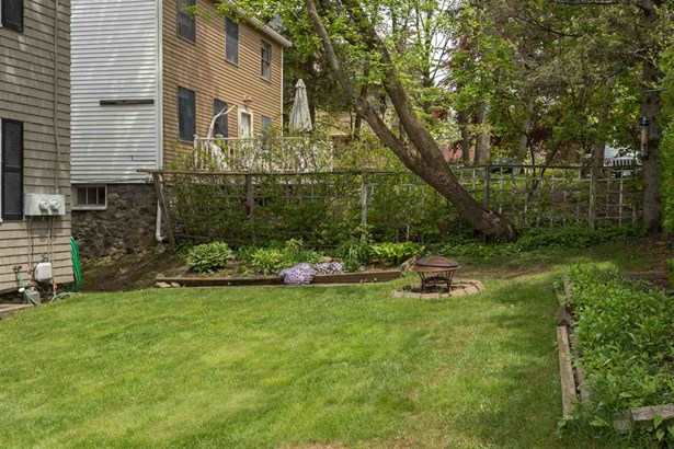 Multi-Family, Duplex - Portsmouth, NH (photo 4)