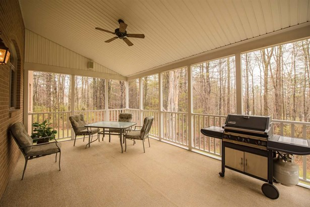 Colonial,Contemporary, Single Family - Auburn, NH (photo 3)