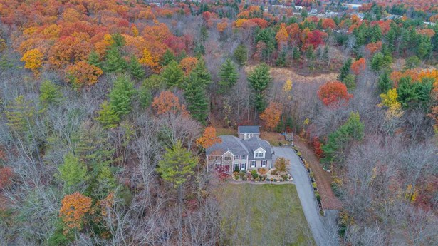Colonial,Contemporary, Single Family - Manchester, NH (photo 2)