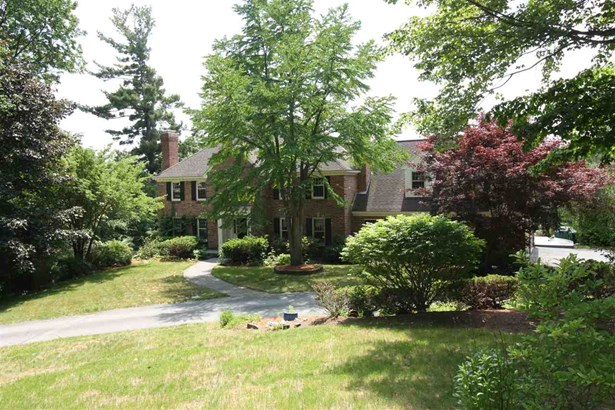 Colonial, Single Family - Mont Vernon, NH (photo 1)
