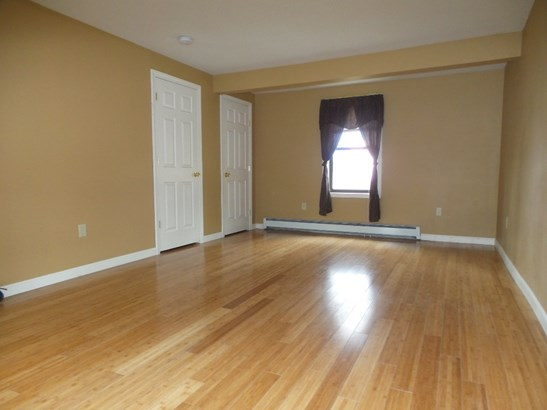 Multi-Family, Conversion - Tilton, NH (photo 4)