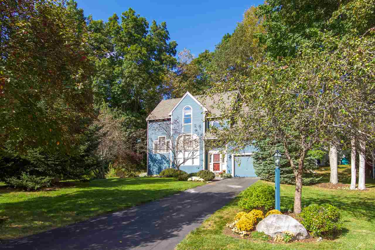 Colonial,Contemporary, Single Family - Stratham, NH (photo 2)