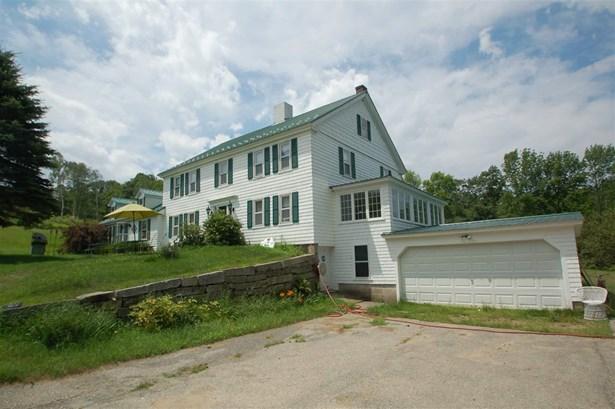 Colonial, Single Family - Farmington, NH (photo 3)