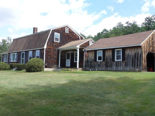 Colonial, Single Family - Belmont, NH (photo 2)