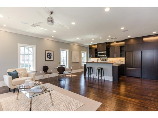 Contemporary,Townhouse, Condo - Portsmouth, NH (photo 1)