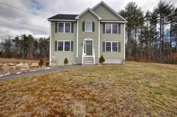 Colonial, Single Family - Weare, NH (photo 1)
