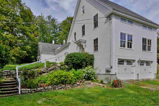 Antique,Colonial,Farmhouse,Reproduction,Walkout Lower Level - Single Family (photo 1)