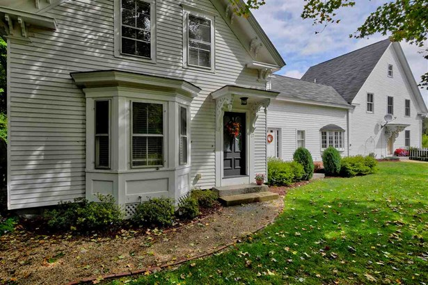 Antique,Colonial,Farmhouse,Reproduction,Walkout Lower Level - Single Family (photo 2)