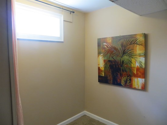 Townhouse, Condo - Newmarket, NH (photo 5)
