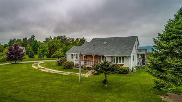 Farmhouse,Modified,Multi-Family,Multi-Level,Ranch,w/Addition,Walkout Lower Level - Multi-Family (photo 4)