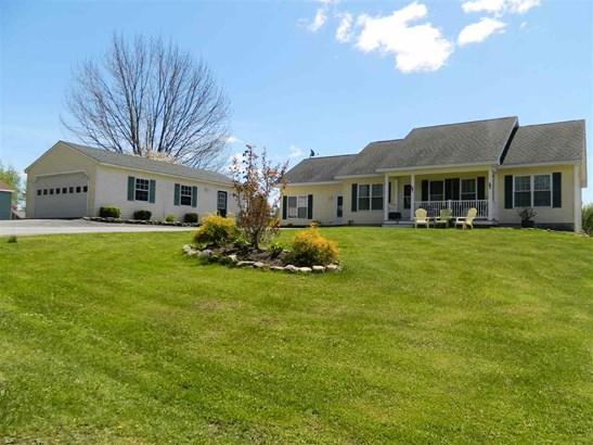 Ranch, Single Family - Tilton, NH (photo 1)