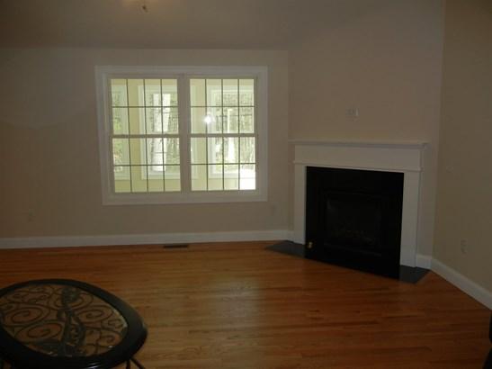 Condo, Condex,Duplex,End Unit,Ranch - Amherst, NH (photo 5)