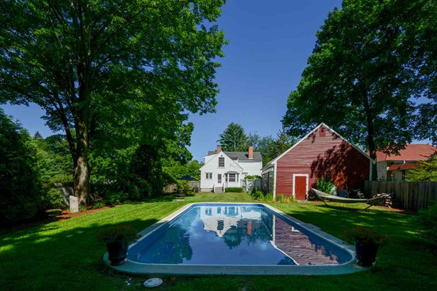 Antique,Colonial, Single Family - Amherst, NH (photo 4)