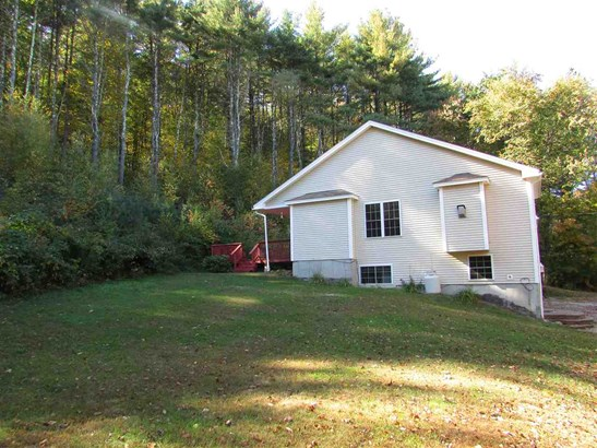 Condo, End Unit,Townhouse,Walkout Lower Level - Rochester, NH (photo 2)