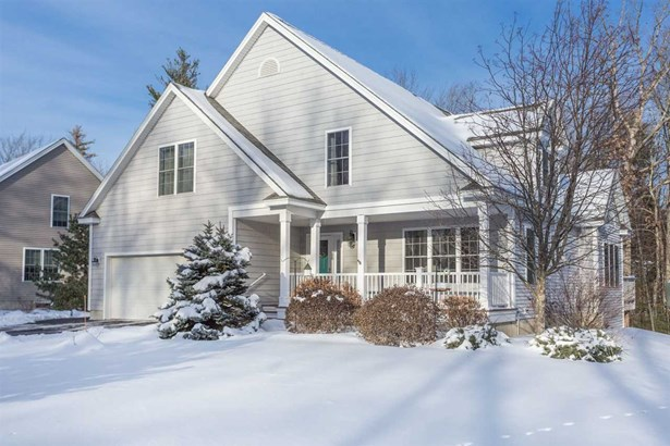 Contemporary, Single Family - Stratham, NH (photo 1)