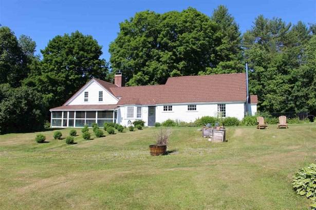 Antique,Cape,Farmhouse,Historic Vintage, Single Family - New Boston, NH