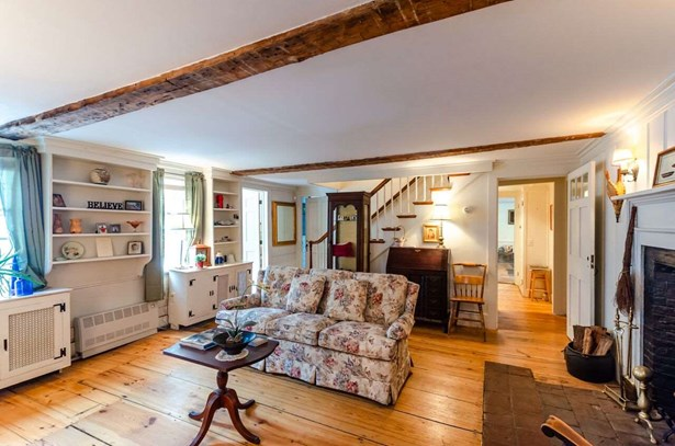 Colonial,Saltbox, Single Family - Amherst, NH (photo 3)