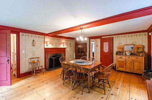 Colonial,Saltbox, Single Family - Amherst, NH (photo 5)