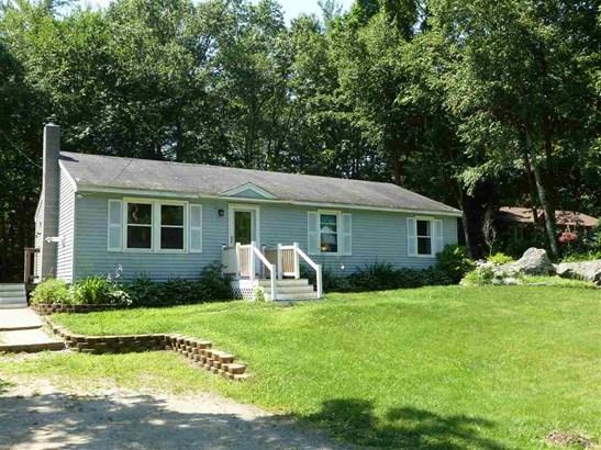 Ranch, Single Family - Raymond, NH (photo 3)