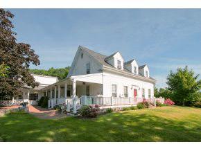 Cape,Farmhouse, Single Family - Eliot, ME (photo 2)