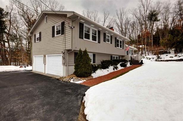 Multi-Level,Split Level,Split Entry, Single Family - Merrimack, NH (photo 2)