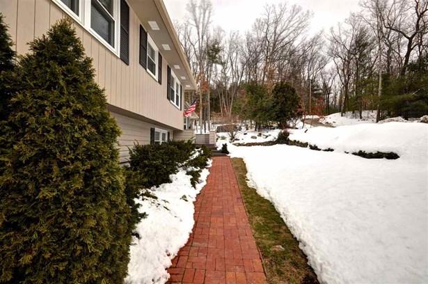Multi-Level,Split Level,Split Entry, Single Family - Merrimack, NH (photo 3)