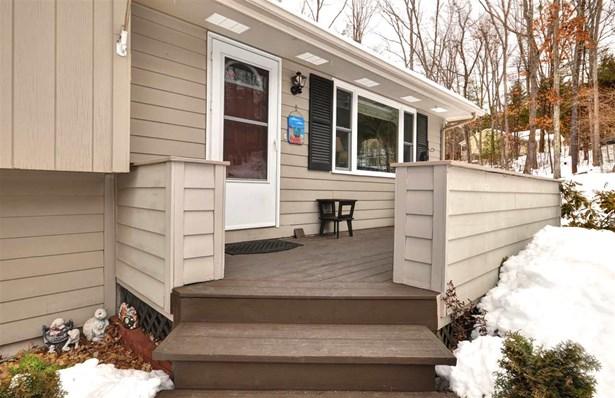 Multi-Level,Split Level,Split Entry, Single Family - Merrimack, NH (photo 4)