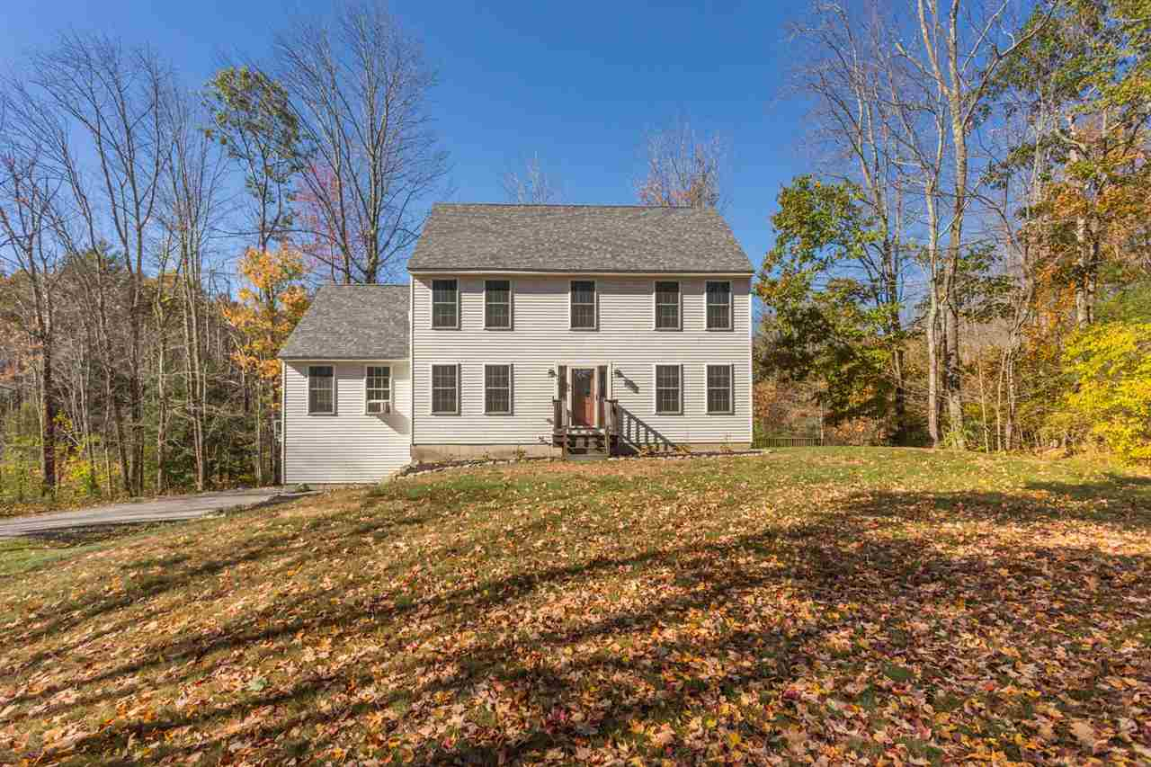 Colonial, Single Family - Epping, NH (photo 3)