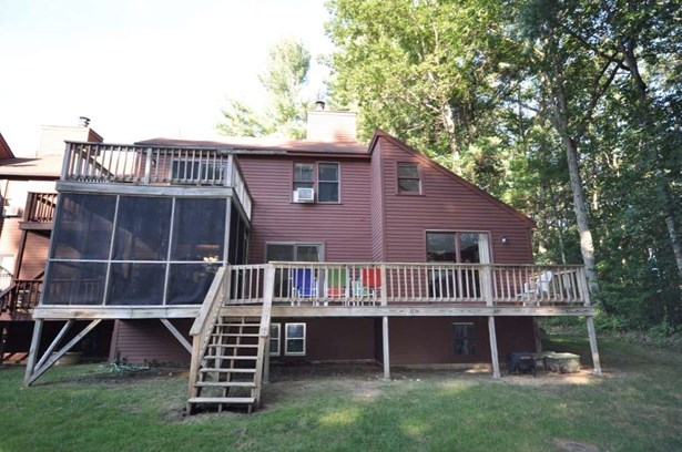 End Unit, Condo - Stratham, NH (photo 3)