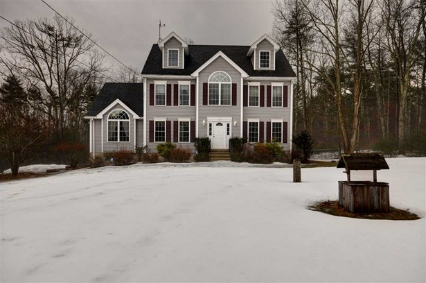 Colonial, Single Family - Chester, NH (photo 1)
