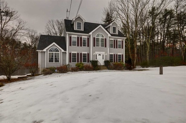 Colonial, Single Family - Chester, NH (photo 2)