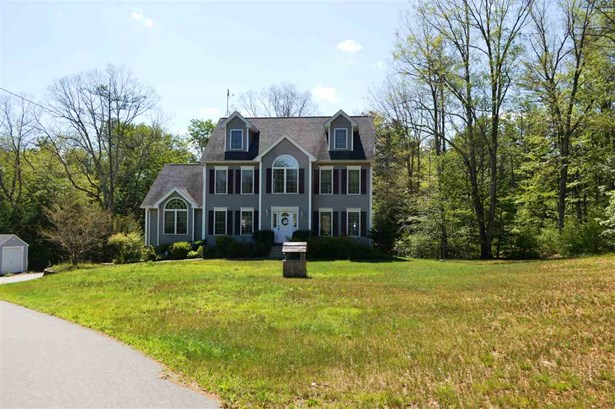 Colonial, Single Family - Chester, NH (photo 5)