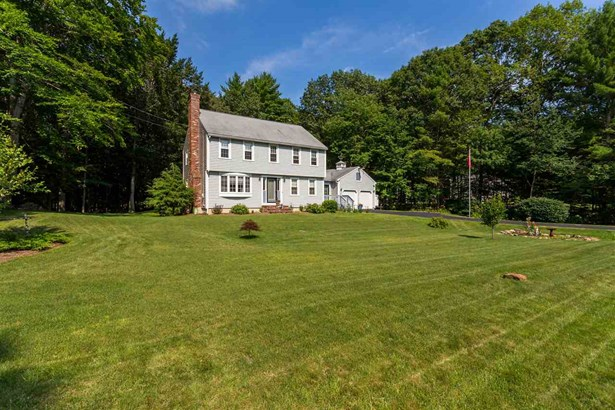 Colonial, Single Family - Rollinsford, NH (photo 1)