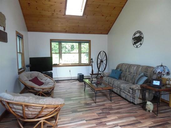 Ranch, Single Family - Hillsborough, NH (photo 5)