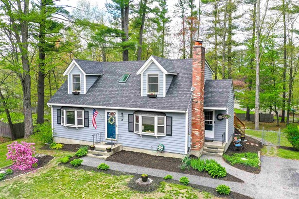 Cape, Single Family - Milford, NH