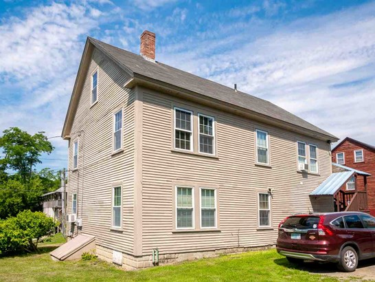 Colonial, Multi-Family - Rollinsford, NH (photo 5)