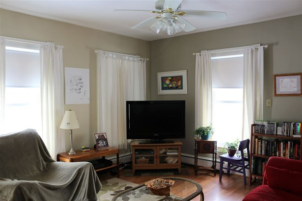 New Englander, Single Family - Concord, NH (photo 4)