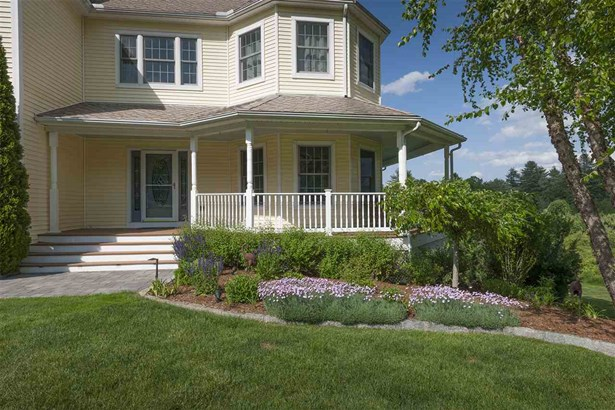 Colonial,Other,Walkout Lower Level, Single Family - Exeter, NH (photo 3)