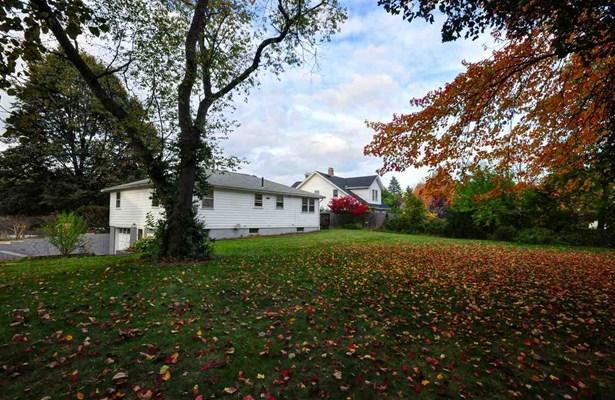 Ranch, Single Family - Nashua, NH (photo 2)